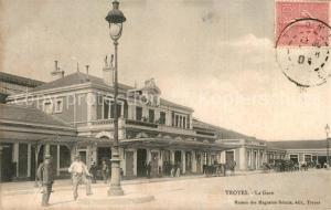 AK / Ansichtskarte Troyes_Aube La gare Bahnhof Troyes Aube