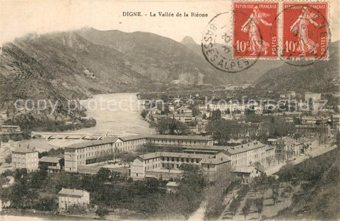 AK / Ansichtskarte Digne les Bains Vallee de la Bleone Digne les Bains 0