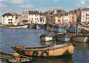 AK / Ansichtskarte Belle Ile en Mer Le Palais Un coin du Port Belle Ile en Mer