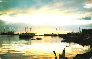 AK / Ansichtskarte Port_of_Spain Sunset at Wharves Schooner Jetty Port_of_Spain