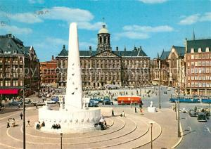 AK / Ansichtskarte Amsterdam_Niederlande Dam met Koninklijk Paleis en Nationaal Monument Koenigliches Schloss Nationaldenkmal Amsterdam_Niederlande