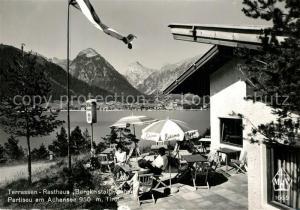 AK / Ansichtskarte Pertisau_Achensee Terrassen Rasthaus Bergkristall Blick ueber den See Alpenpanorama Pertisau Achensee