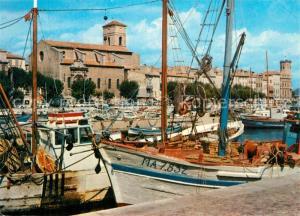 AK / Ansichtskarte La_Ciotat Les chalutiers dans le port La_Ciotat