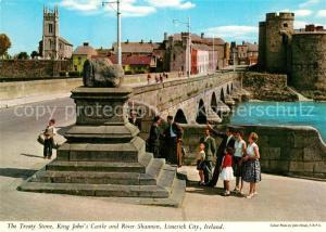 AK / Ansichtskarte Limerick_Irland Treaty Stone King John s Castle River Shannon