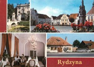 AK / Ansichtskarte Rydzyna Burg Burggraben Marktplatz Barockbauten Denkmal Esszimmer Schmiede 17. Jhdt. Brunnen