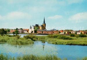AK / Ansichtskarte Kampen_Niederlande De Ijssel met gezicht op de stad Koornmarktspoort en Bovenkerk Kampen_Niederlande