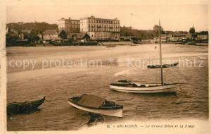 AK / Ansichtskarte Arcachon_Gironde Grand Hotel et la plage Arcachon Gironde