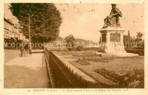 AK / Ansichtskarte Chinon_Indre_et_Loire Le Quai Jeanne d'Arc et la Statue de Rabelais Chinon_Indre_et_Loire