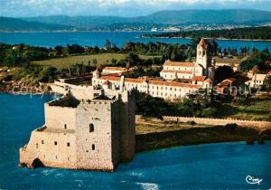 Ile_Saint Honorat_Alpes_Maritimes Le Monastere et au fond Cannes et la Bocca vue aerienne Ile_Saint Honorat