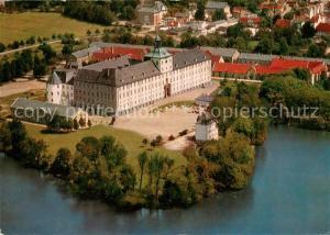 AK / Ansichtskarte Schleswig_Schlei Schloss Gottorf mit Burgsee Fliegeraufnahme Schleswig_Schlei