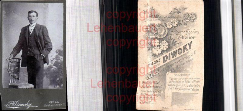 CDV Kabinettfoto Atelier F. Diwoky Wels Mann Anzug Stuhl Thonet