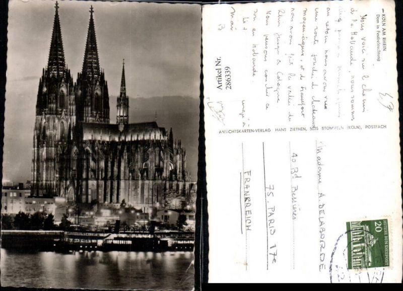Köln am Rhein Dom in Festbeleuchtung Dampfer
