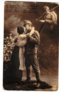 32037,AMAG K 257 WW1 Patriotic SOLDIER KISSING WIFE