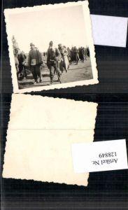 128849,Foto Wehrmacht Soldat Kriegsgefangene Russen Russland POW Russia