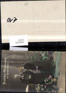 151147,Konfirmation Geistlicher Priester Pfarrer Mädchen Buch Bibel Blumentöpfen