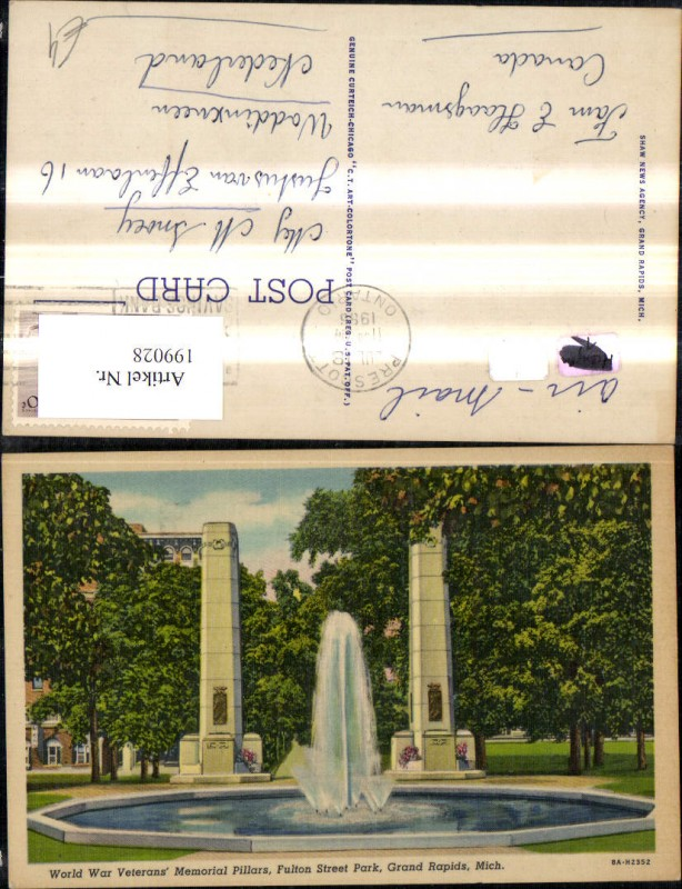 199028,Michigan Grand Rapids World War Veterans Memorial Pillars Fulton Street Park Springbrunnen Brunnen