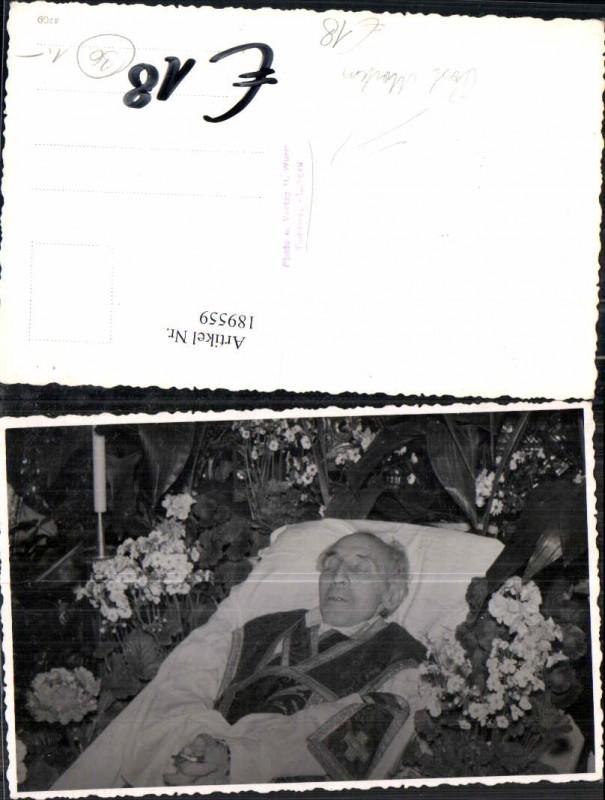 189559,FotoAK Post Mortem Pfarrer Aufbahrung Tod in Tamsweg Lungau