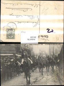201324,Avenement du roi Albert 1909 Le Cortege en cours de roufe Pferde Frankreich