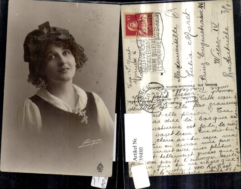 39480,Frau Portrait m. Kopftuch  0