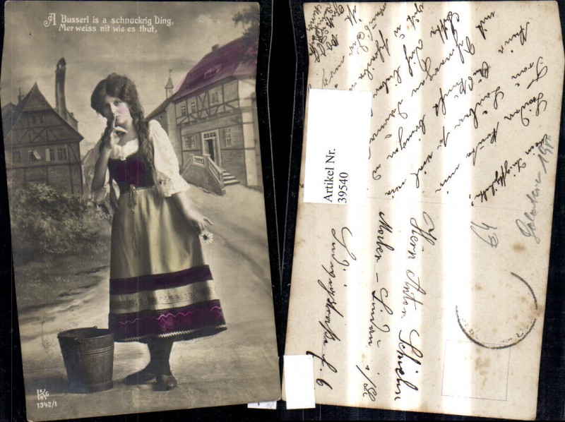 39540,Frau Portrait Zöpfe Dirndl Kleid m. Eimer Kübel Spruch Text  0