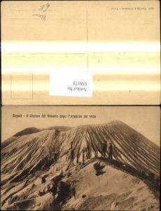 158173,Campania Napoli Neapel Il Cratere del Vesuvio dopo l eruzione del 1906 Vesuv Vulkan Ausbruch