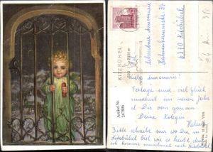 247896,Künstler AK M. Spötl 404 Kind m. Kerze Gitterfenster