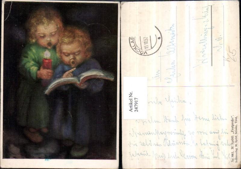 247917,Künstler AK M. Spötl 441 Festprobe Kinder b. Singen Kerze Liederbuch