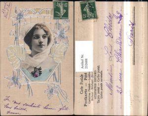 252688,Künstler Präge AK Jugendstil Silberverzierung Frau m. Kopftuch Portrait Blumen Blätter