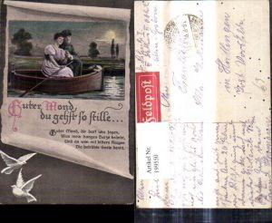 199550,Künstler Ak WW1 Soldat Paar Frau i. Ruderboot Mond Papierrolle Tauben Spruch Guter Mond du gehst so stille