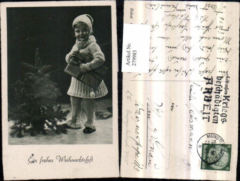 279983,Weihnachten Kind Mädchen m. Haube Geschenk Tannenbaum Propagandastempel NSDAP