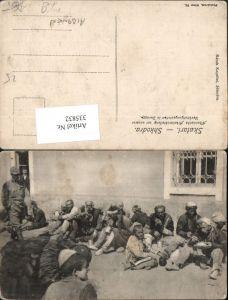 335832,Skutari Shkodra Albanische Arbeiterabteilung vor d. Verköstigungsstation in Durazzo