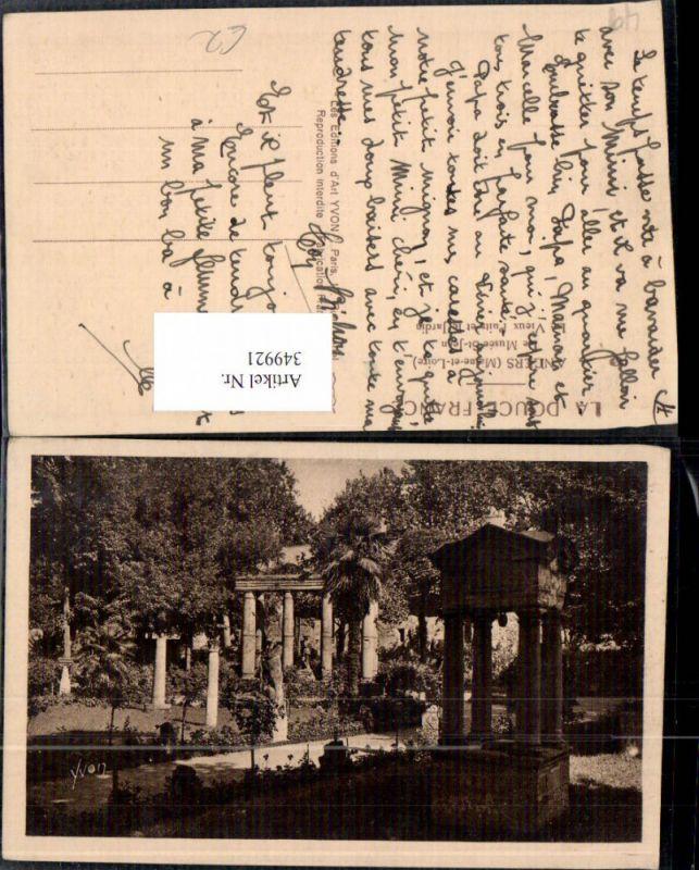 349921,Pays de la Loire Maine-et-Loire Angers Le Musee St-Jean Le Vieux Puits et le Jardin Garten Park