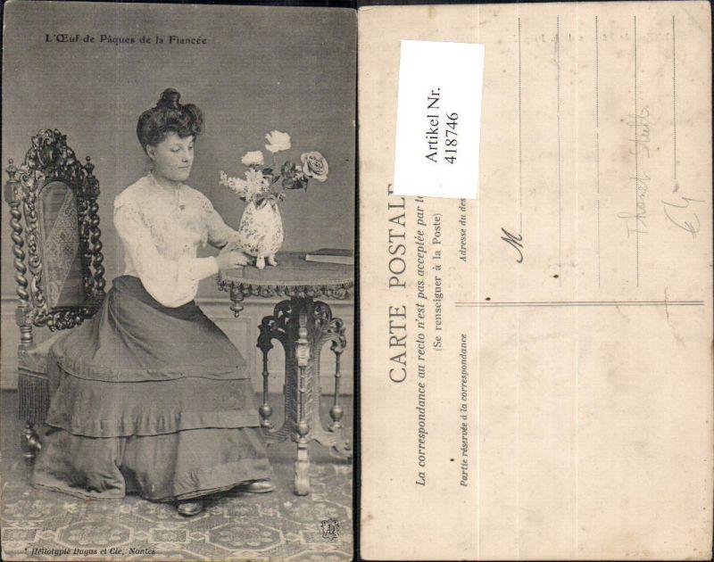 418746,Thonet Stuhl L Oeuf de Papues de la Fiancee Frau Vase Interieur Einrichtung