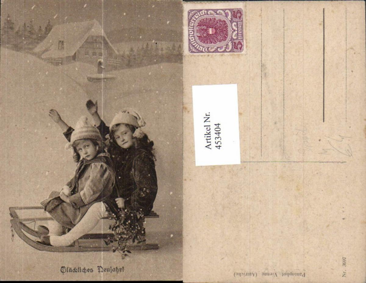 453404,Kinder Mädchen a. Schlitten Rodel Neujahr Wintersport Sport