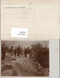 478490,Foto Ak Mauerer Tischler Handwerk Straßenbau Männer Baustelle