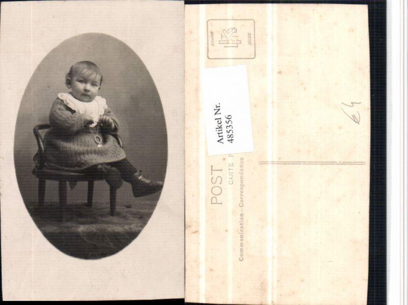 485356,Foto AK Kind Kette Stuhl Sessel Portrait