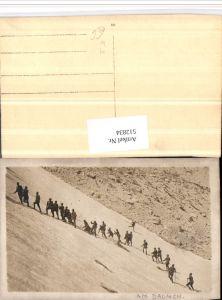 512834,Foto AK WW1 Soldatenleben Am Daumen Gebirgsjäger Soldaten