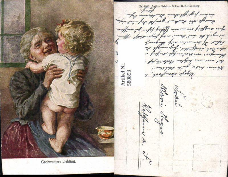 580893,Künstler Ak Großmutters Liebling Frau als Mutter Großmutter Kind