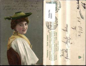 188097,Miesbach Frau Tracht Typen