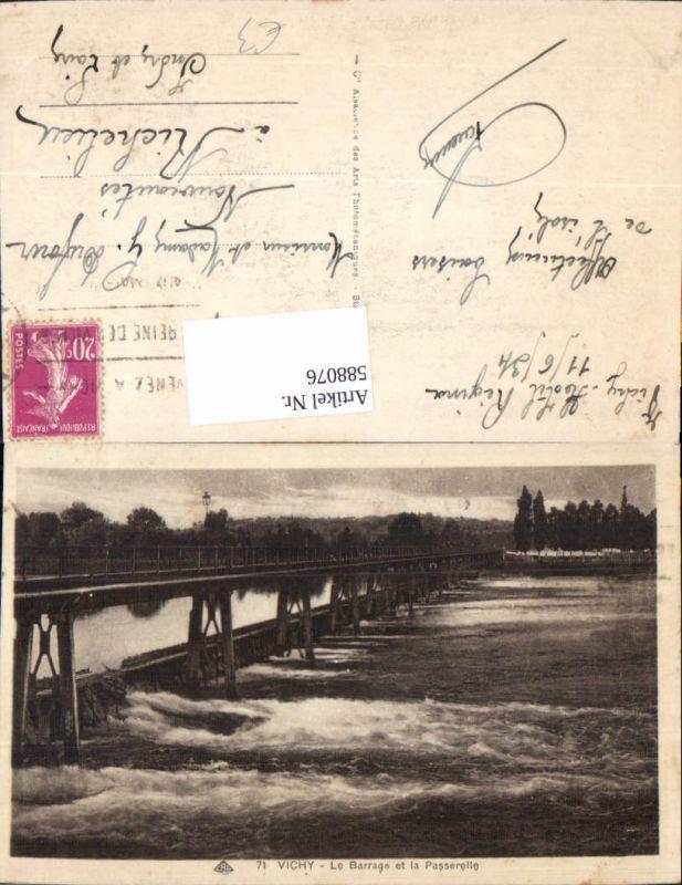 588076,Vichy Le Barrage et la Passerelle Brücke France