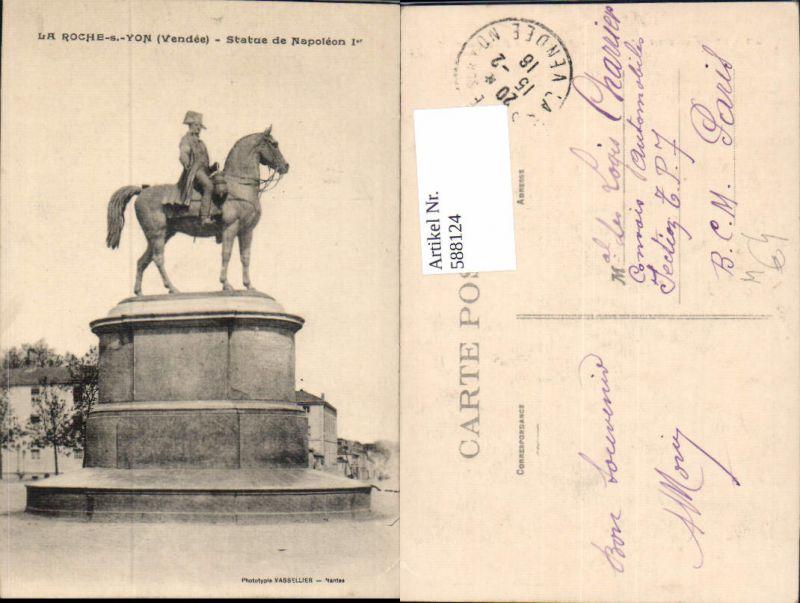 588124,La Roche-sur-Yon La Roche-s-Yon Vendee Statue de Napoleon 1er Statue France