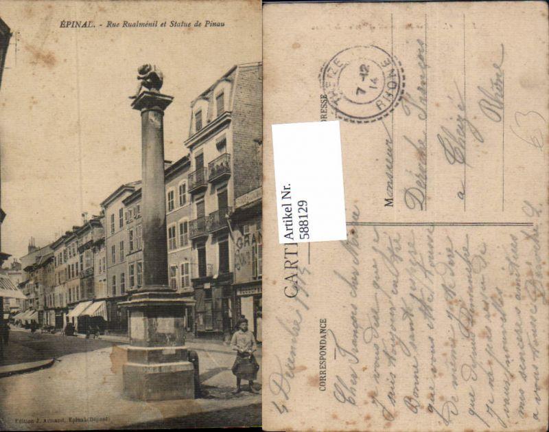 588129,Epinal Rue Rualmenil et Statue de Pinau France