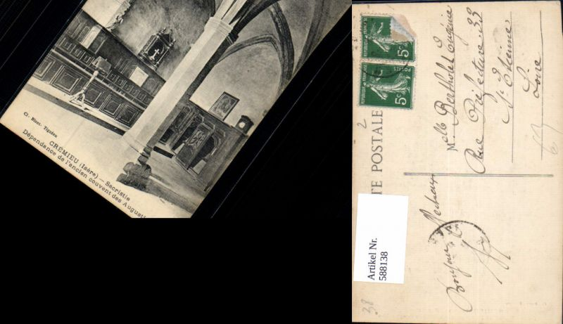 588138,Cremieu Isere Sacristie Kirche France