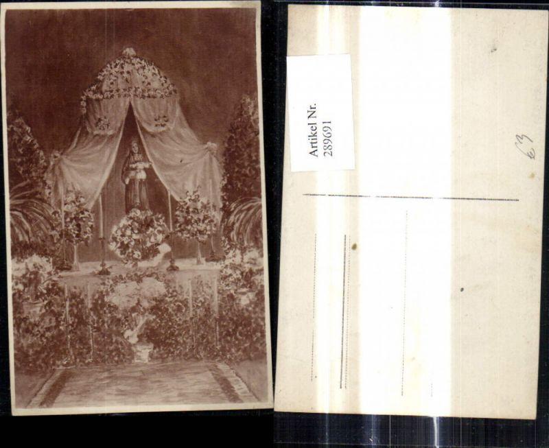 289691,Künstler Ak Religion Maria m. Kind Jesuskind Altar Kerzen Blumen Religion