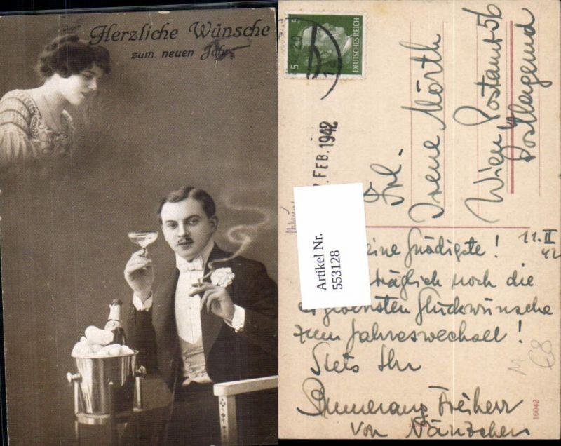 553128,Alkohol Wein Surrealismus Sekt Rauchen Zigarette Frau Mann