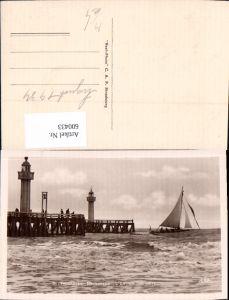 600433,Leuchtturm Trouville-Deauville L Entree des Jetees Segelboot