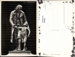 600487,Foto Ak Zürich Pestalozzidenkmal Statue