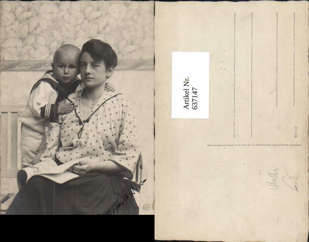 637147,Foto AK Mutter Kind Matrosenanzug Liest lesen Zeitung  0