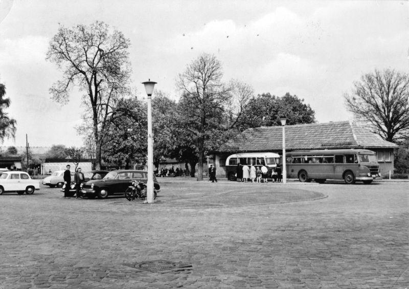 Ansichtskarte, Torgelow Kr. Ueckemünde, Markt mit zeitgen. Bus, 1964
