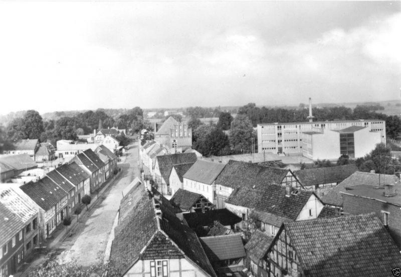 Ansichtskarte, Wusterhausen Dosse, Teilansicht mit Schule, 1984